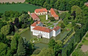 Luftbild Schloss Hünnefeld